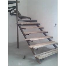 Металлокаркас лестницы Л11